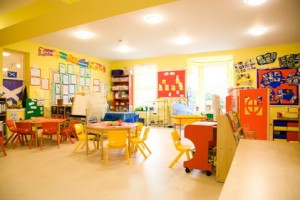 Bright-Yellow-Wall-Design-for-Kindergarten-Nursery-School-Decorating-Ideas