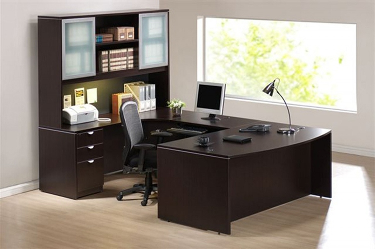 modern office furniture for the workplace offering contemporary functional desks u0026 seating stylish meeting rooms casual spaces e